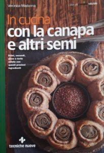 In cucina con la canapa ed altri semi